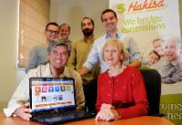 La start-up Hakisa.com lance son service d'Internet solidaire entre générations.